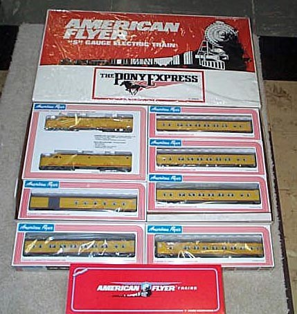 1990 American Flyer Union Pacific Train Set (6-49600) Mint Condition.