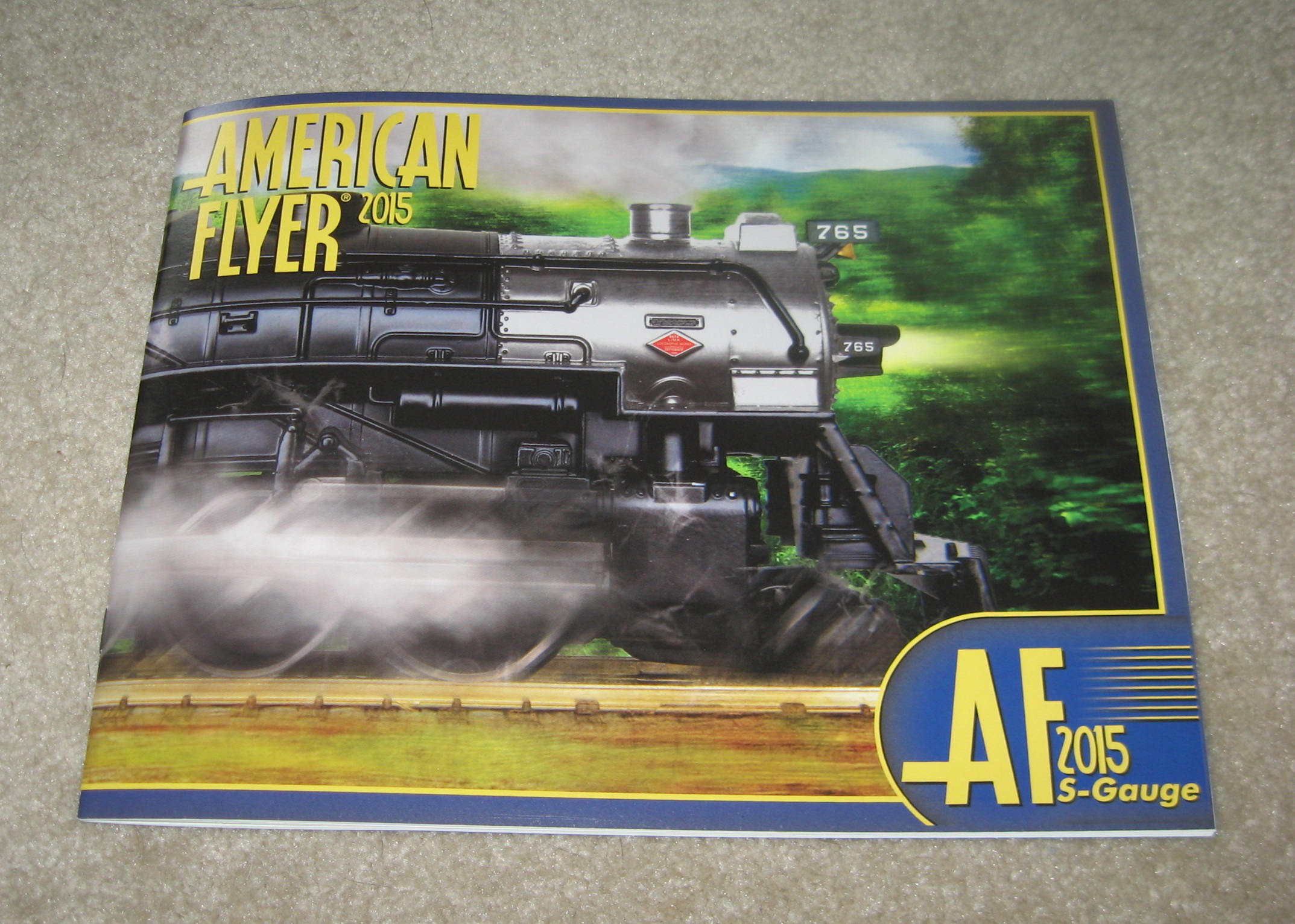 2015 Lionel American Flyer Trains Catalog. Mint Condition.