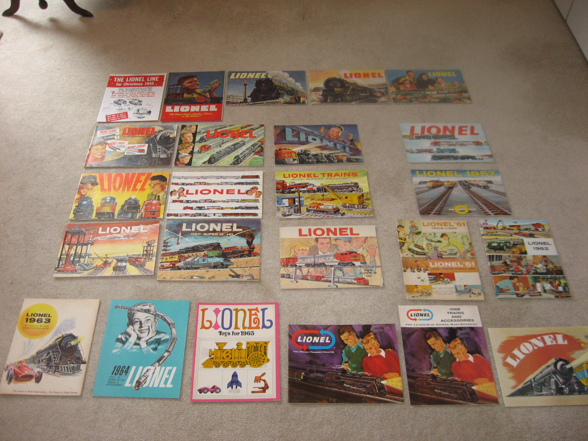 1945-1969 Lionel Consumer Catalogs Excellent Condition.
