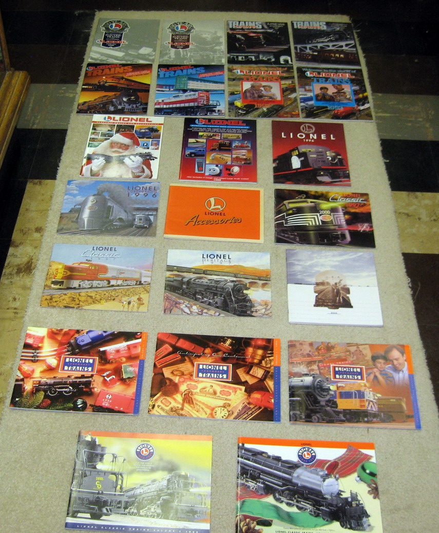1990 - 1999 Lionel Catalogs. Mint Condition.