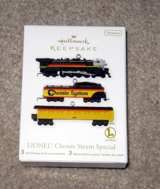 2012 Lionel #17 Nutcracker Loco, Tender, Baggage Coach Set. QX9011