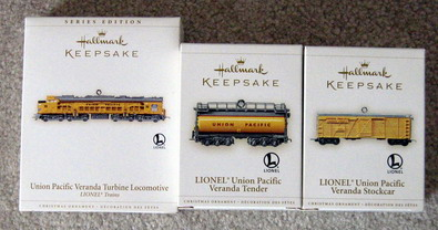 2006 Lionel #11 Pacific Turbine Loco, Tender, and Stock Car Set. (QX2323, QX16173, QX16176)