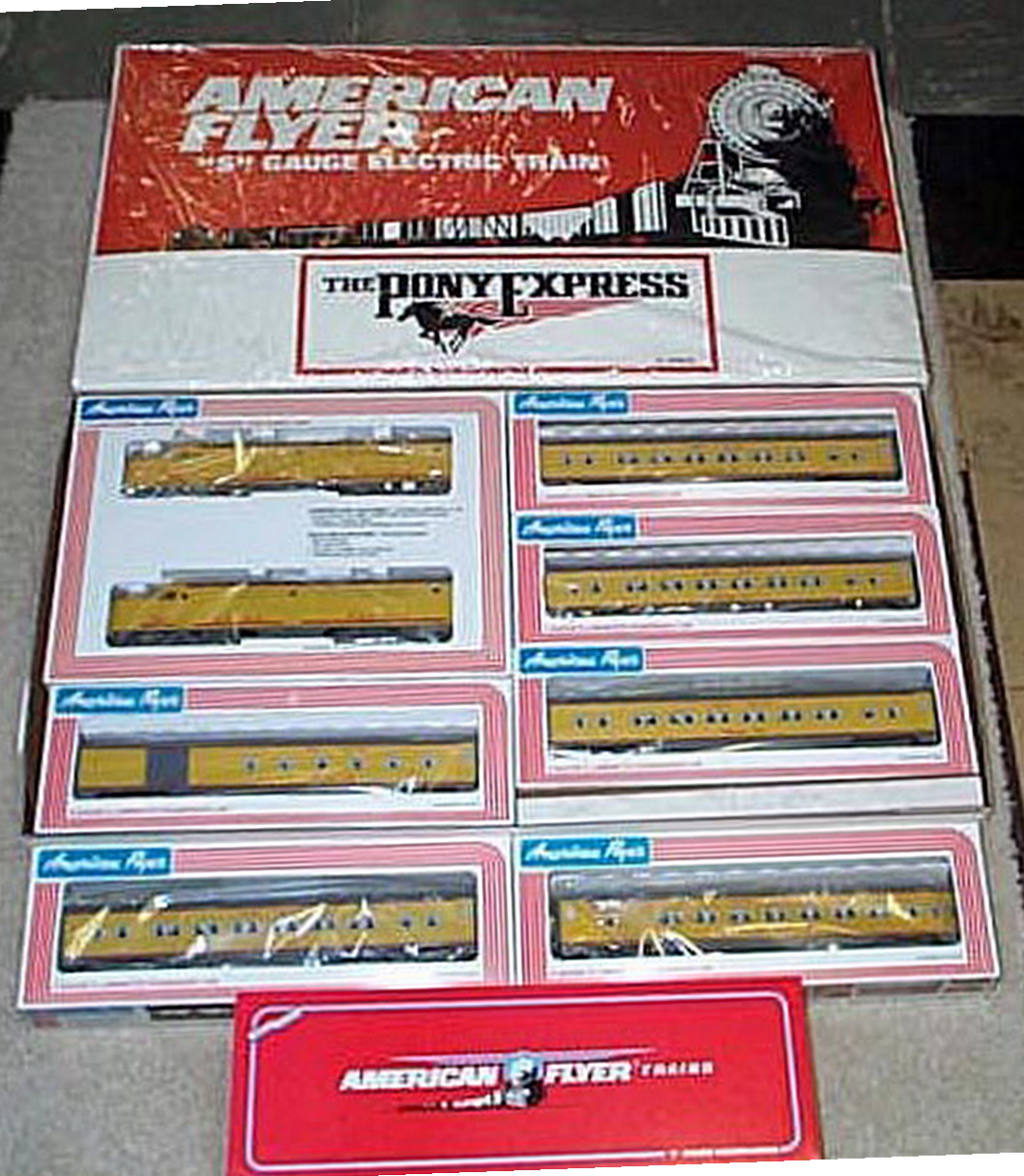 Lionel American Flyer 6-49600 Union Pacific PA-1 Set. Mint Condition.