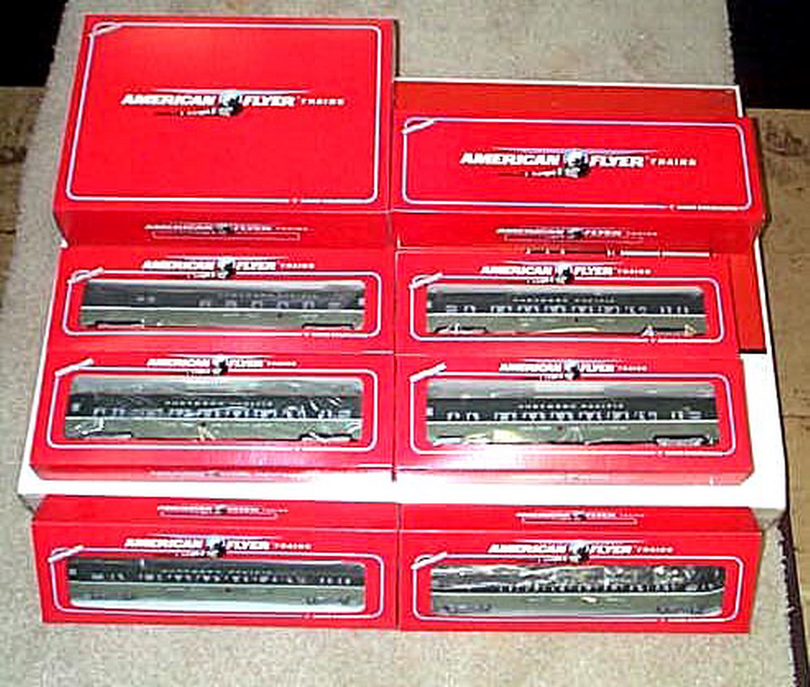 Lionel American Flyer 6-49602 Northern Pacific PA-1 Set. Mint Condition.